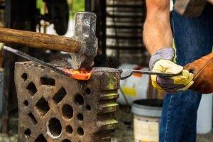 Tradycje ludowe w Przedborzu, a lokalny rynek pracy