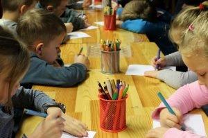 Czy warto pracować w przedszkolu w Żychlinie?