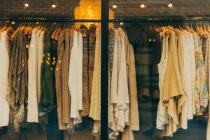 Czy opłaca się inwestować w przemysł włókienniczy w Brzezinach?